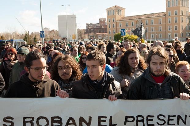 Se intensifica el blindaje policial de la convención del PP y vuelven a producirse provocaciones a los manifestantes